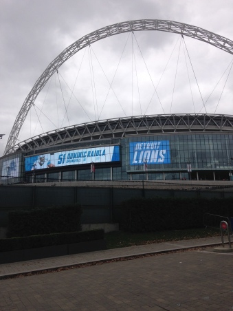 The Lions had a dramatic win under the arch